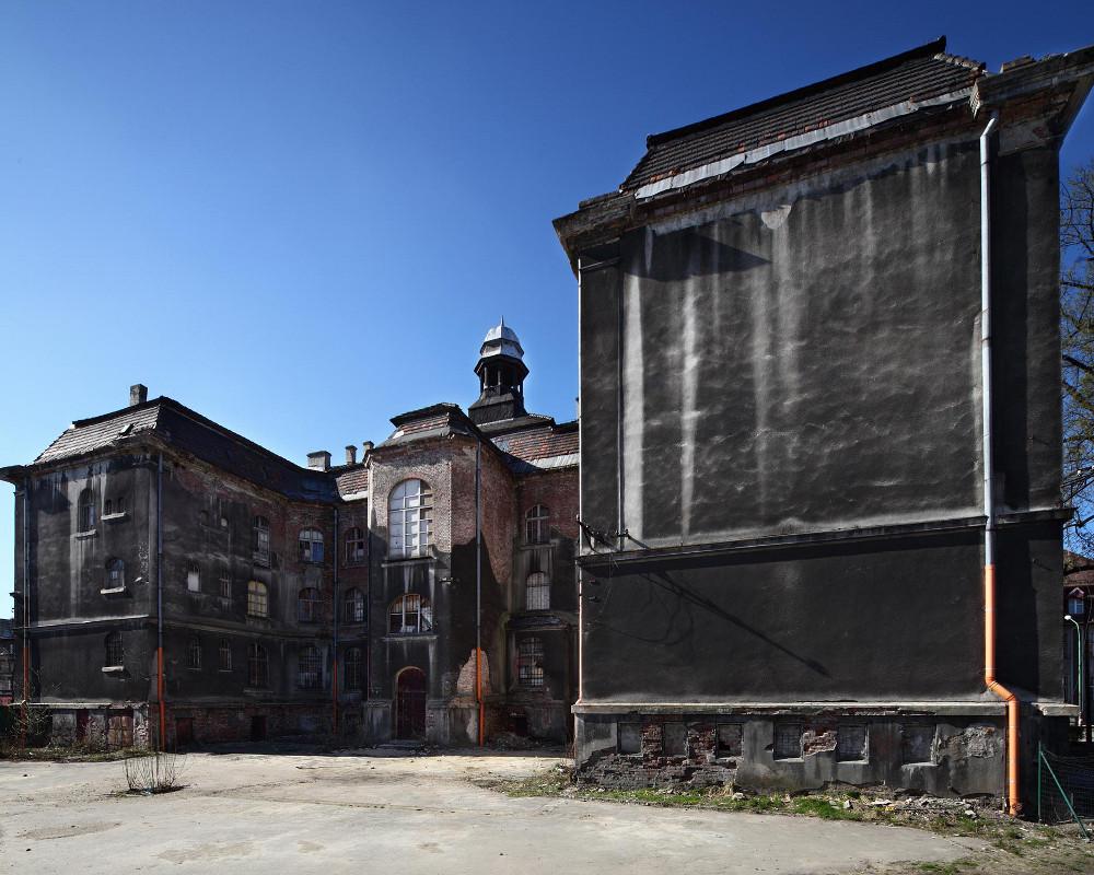 Ratusz Strona house