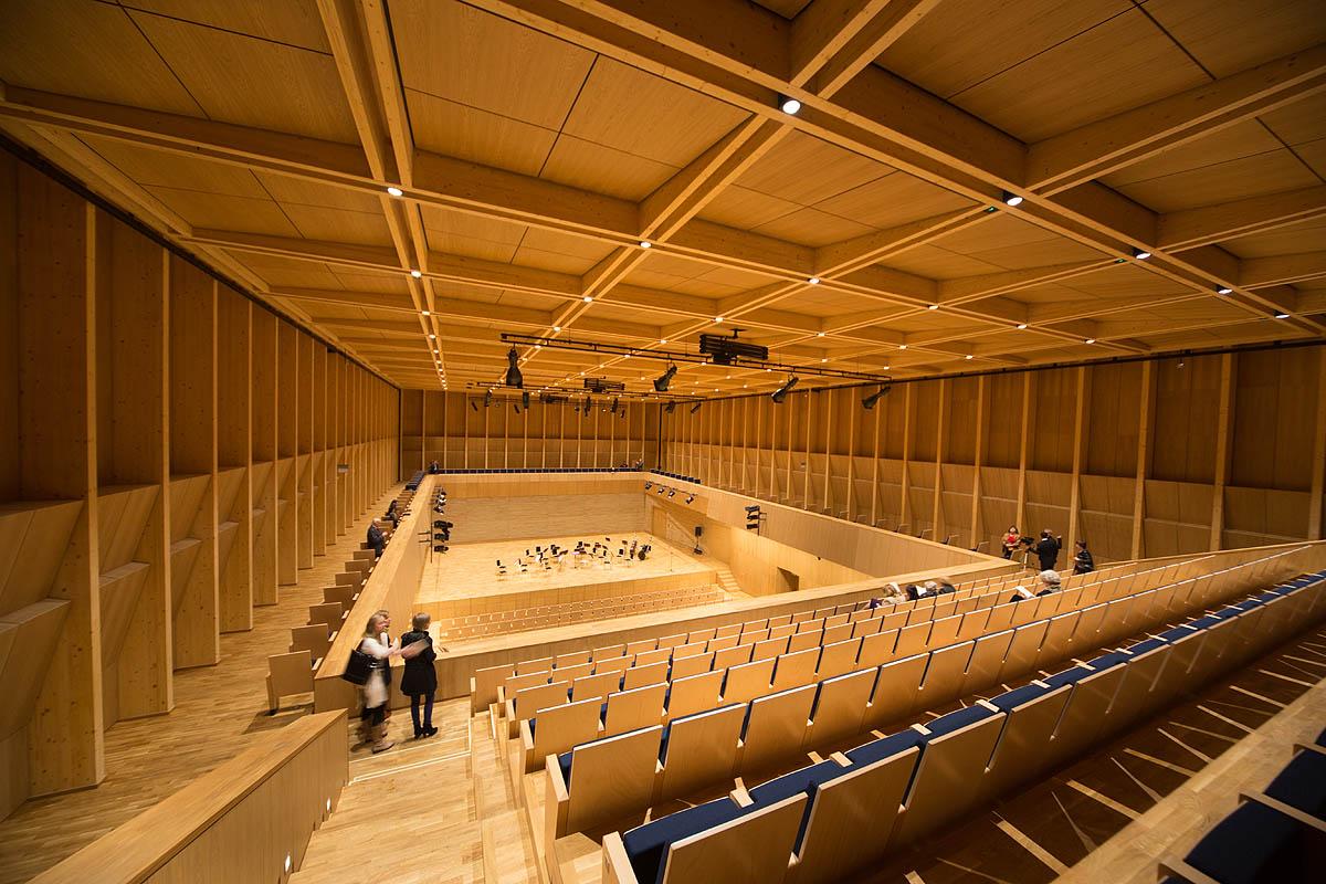 Expo Stands Krzysztof Sobiech : Polish modern architecture page skyscrapercity